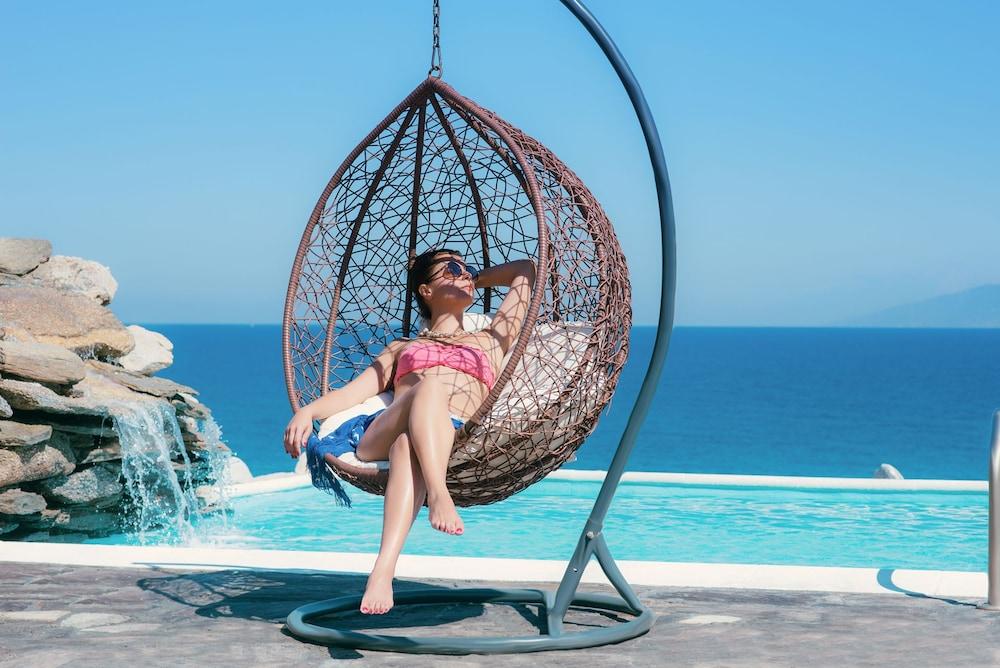카보스 베이 호텔 & 스튜디오스(Cavos Bay Hotel and Studios) Hotel Image 29 - Infinity Pool