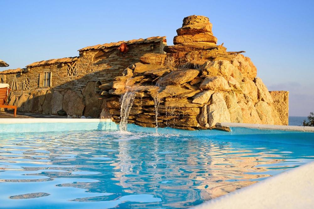 카보스 베이 호텔 & 스튜디오스(Cavos Bay Hotel and Studios) Hotel Image 3 - Pool