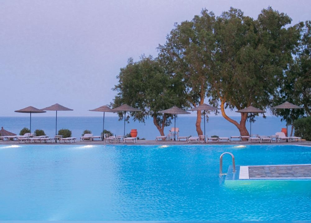 라키티라 리조트 앤드 빌리지(Lakitira Resort and Village) Hotel Image 1 - Pool