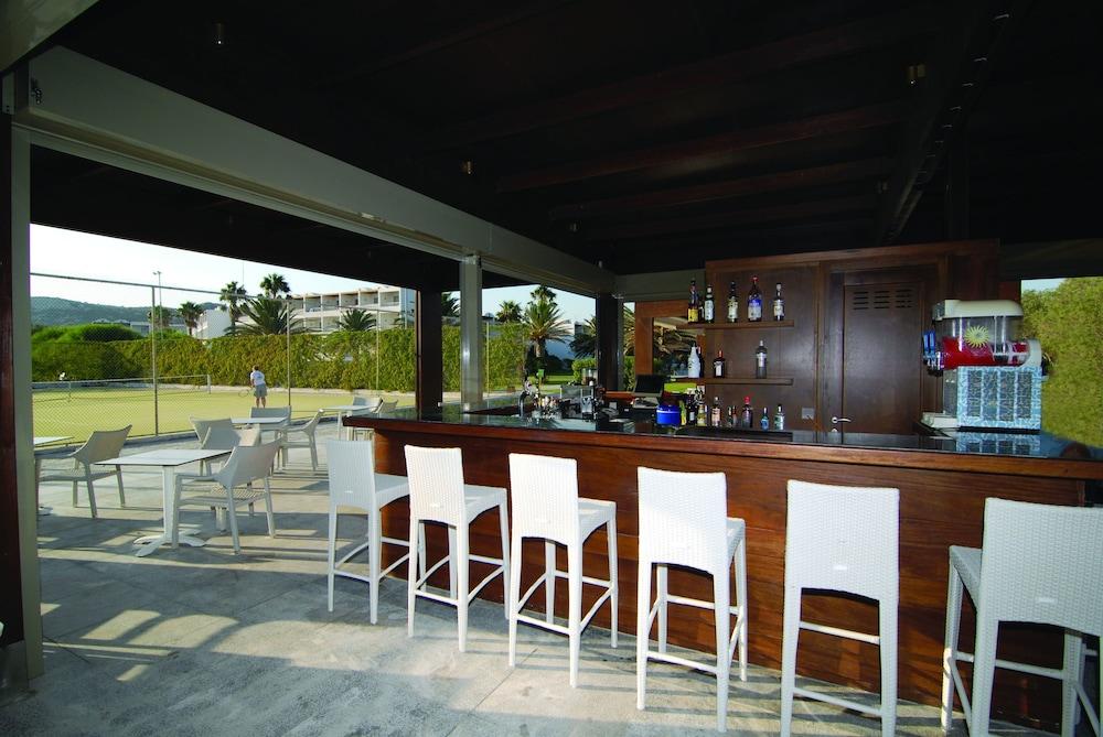 라키티라 리조트 앤드 빌리지(Lakitira Resort and Village) Hotel Image 37 - Hotel Interior