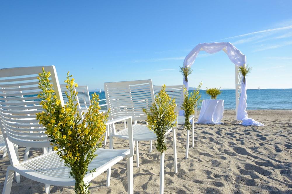 라키티라 리조트 앤드 빌리지(Lakitira Resort and Village) Hotel Image 60 - Outdoor Wedding Area