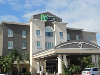 Holiday Inn Express and Suites Corpus Christi North