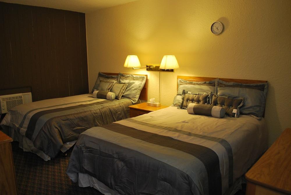 카프리 모텔(Capri Motel) Hotel Image 2 - Guestroom