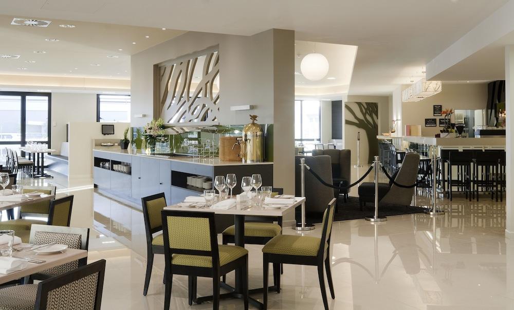 수디마 오클랜드 에어포트(Sudima Auckland Airport) Hotel Image 10 - Restaurant
