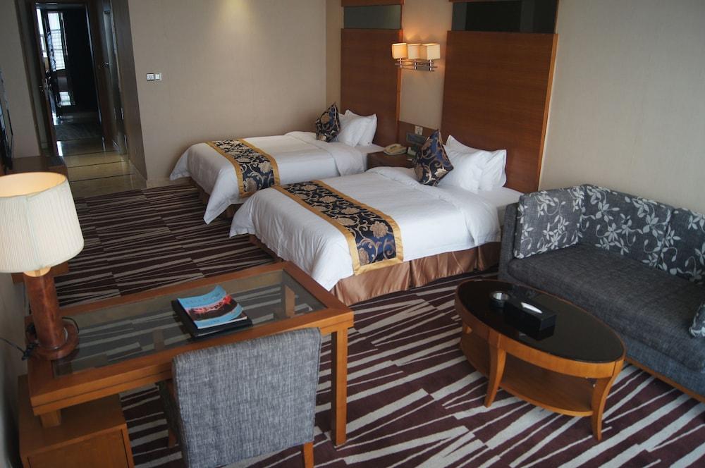 산리안 호텔(Sanlian Hotel) Hotel Image 3 - Guestroom
