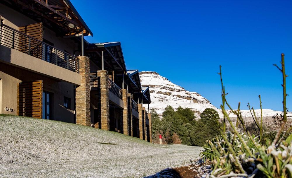 프리미어 리조트 사니 패스(Premier Resort Sani Pass) Hotel Image 45 - Property Grounds