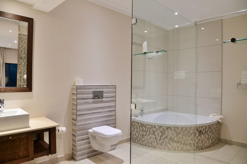 프리미어 리조트 사니 패스(Premier Resort Sani Pass) Hotel Image 36 - Hotel Interior