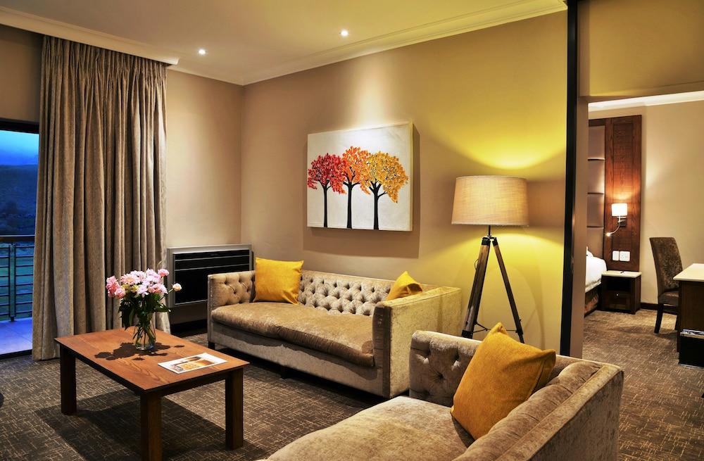 프리미어 리조트 사니 패스(Premier Resort Sani Pass) Hotel Image 37 - Hotel Interior
