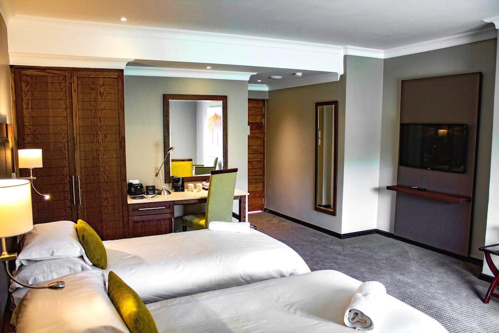 프리미어 리조트 사니 패스(Premier Resort Sani Pass) Hotel Image 7 - Guestroom