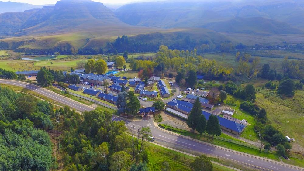 프리미어 리조트 사니 패스(Premier Resort Sani Pass) Hotel Image 56 - Aerial View