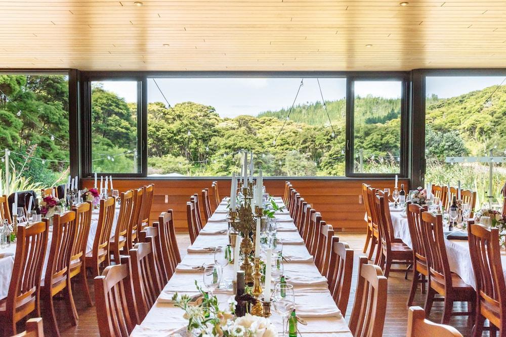 탕기아로 키위 리트리트(Tangiaro Kiwi Retreat) Hotel Image 29 - Indoor Wedding