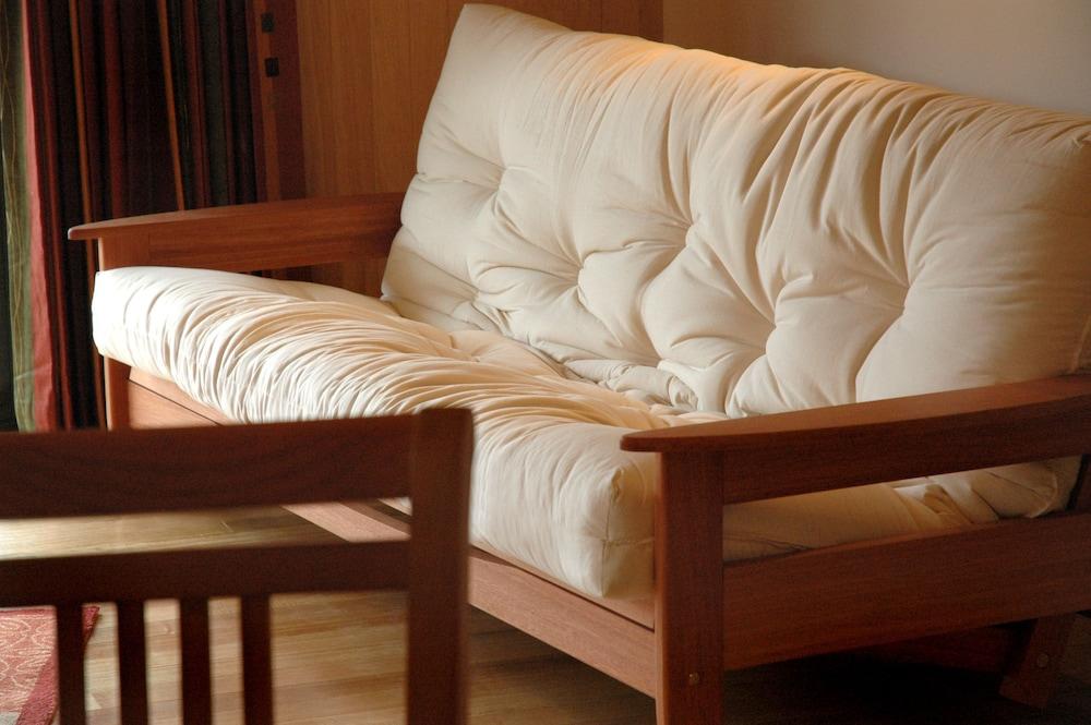 탕기아로 키위 리트리트(Tangiaro Kiwi Retreat) Hotel Image 11 - Living Area