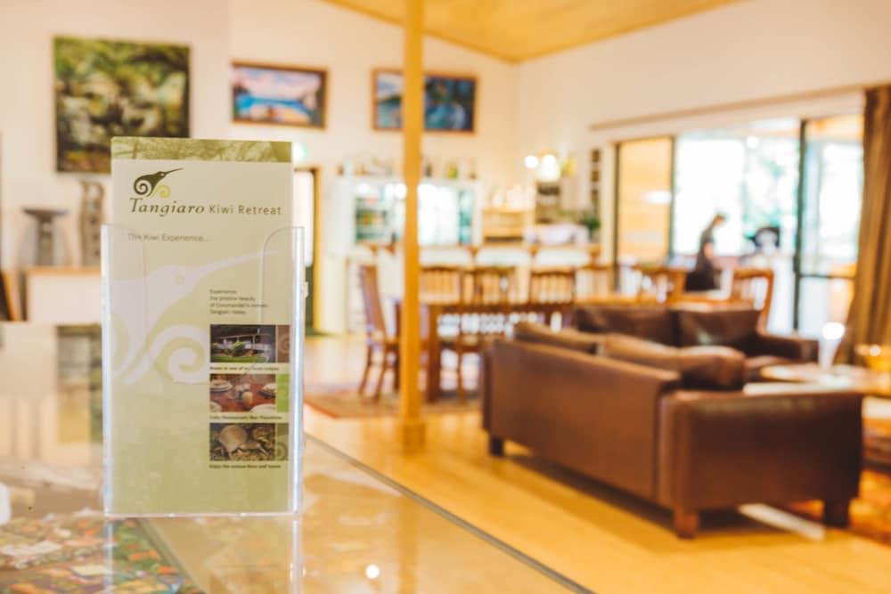 탕기아로 키위 리트리트(Tangiaro Kiwi Retreat) Hotel Image 12 - Living Area