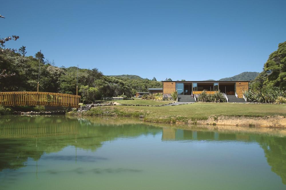 탕기아로 키위 리트리트(Tangiaro Kiwi Retreat) Hotel Image 42 - Lake
