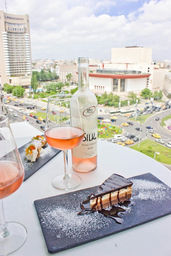 지 이그제큐티브 부티크 호텔(Z Executive Boutique Hotel) Hotel Image 51 - Outdoor Dining