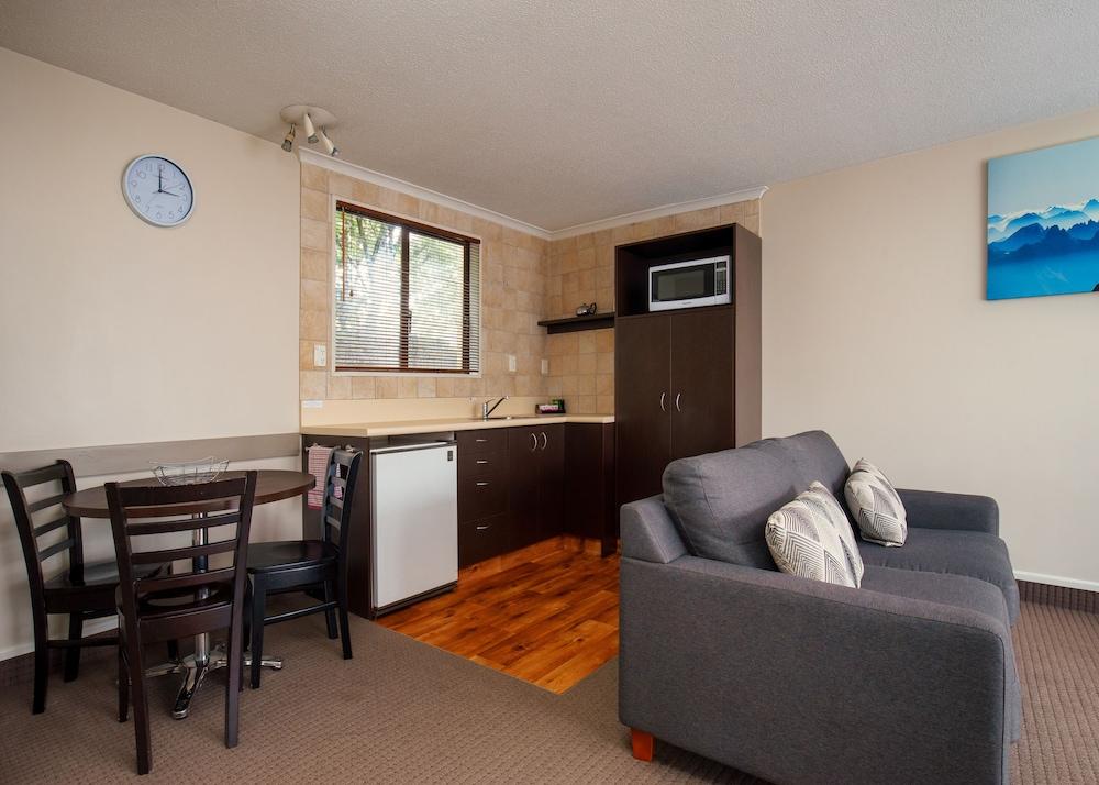 애쉬포드 모터 로지(Ashford Motor Lodge) Hotel Image 29 - In-Room Kitchenette