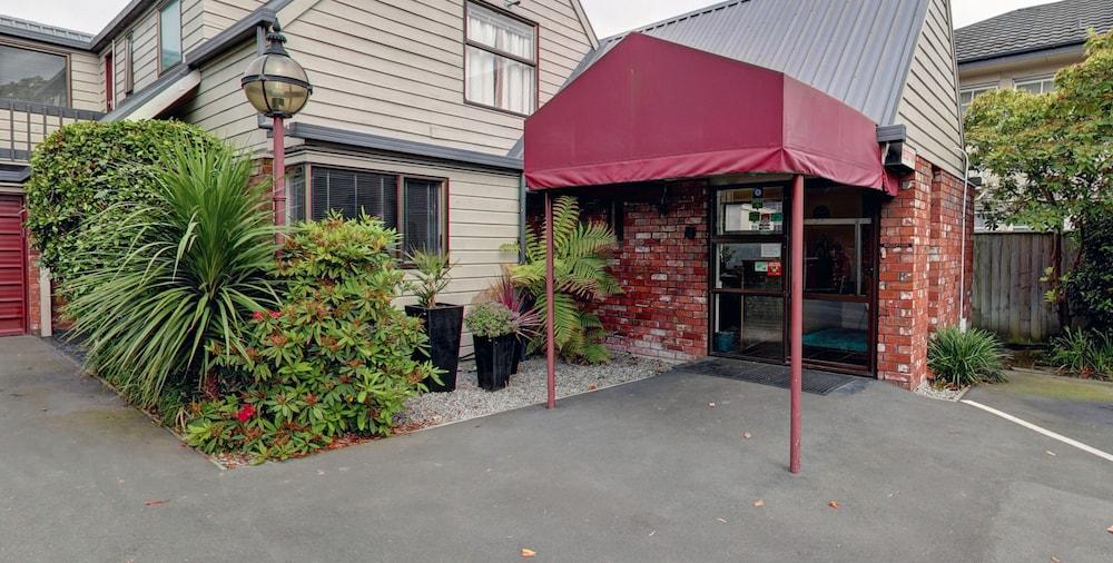 애쉬포드 모터 로지(Ashford Motor Lodge) Hotel Image 61 - Hotel Entrance