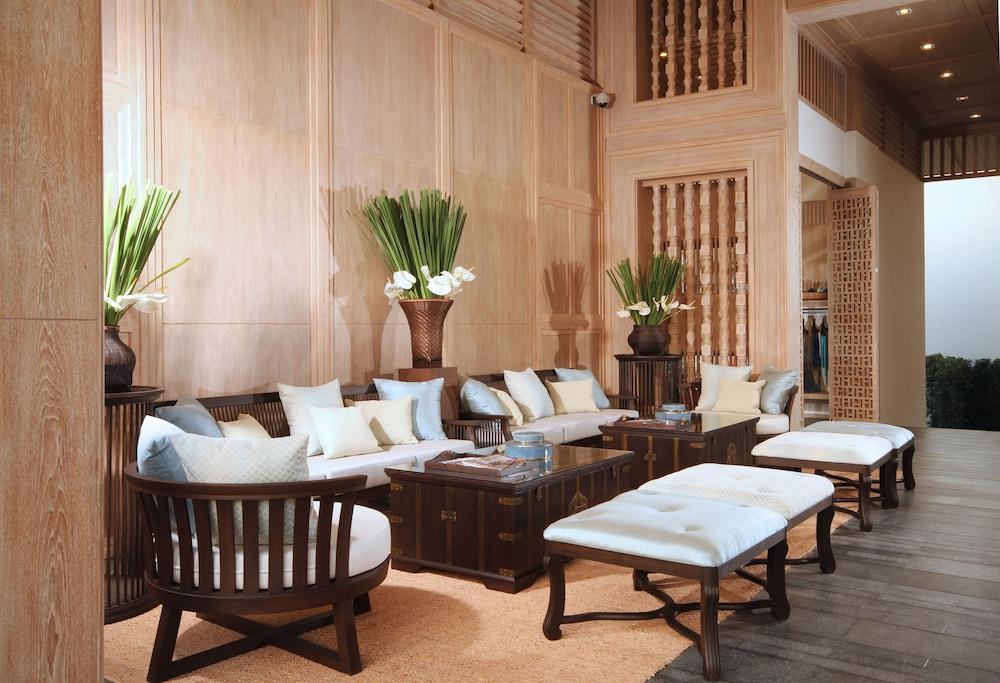 케이프 니드라 호텔 후아힌(Cape Nidhra Hotel Hua Hin) Hotel Image 1 - Lobby Sitting Area
