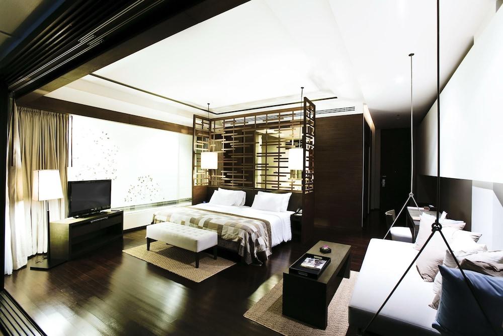 케이프 니드라 호텔 후아힌(Cape Nidhra Hotel Hua Hin) Hotel Image 8 - Guestroom