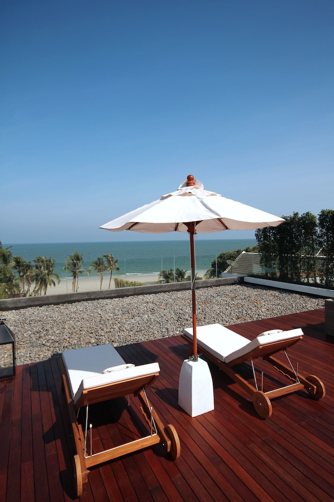 케이프 니드라 호텔 후아힌(Cape Nidhra Hotel Hua Hin) Hotel Image 52 - Terrace/Patio