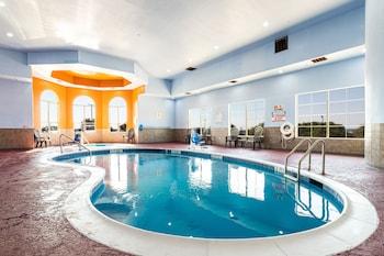 萊克沃思凱富套房飯店 Comfort Suites Lake Worth