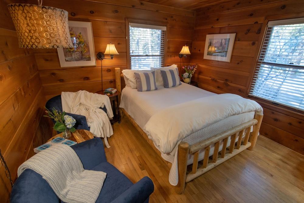 엘리어트 하우스 B&B(Elliott House Bed & Breakfast) Hotel Image 3 - Guestroom