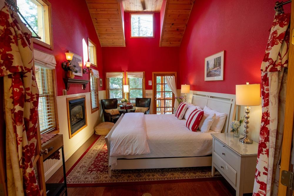 엘리어트 하우스 B&B(Elliott House Bed & Breakfast) Hotel Image 11 - Guestroom