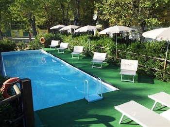 오스텔로 카사 페르 페리에 스텔라 마리나 - 호스텔(Ostello Casa per Ferie Stella Marina - Hostel) Hotel Image 12 - Childrens Pool