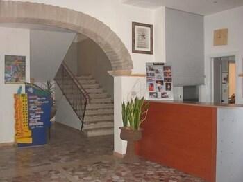 오스텔로 카사 페르 페리에 스텔라 마리나 - 호스텔(Ostello Casa per Ferie Stella Marina - Hostel) Hotel Image 15 - Reception