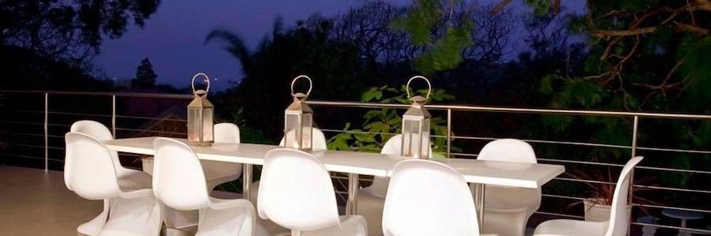 더 그레인지 게스트 하우스(The Grange Guest House) Hotel Image 25 - Outdoor Dining