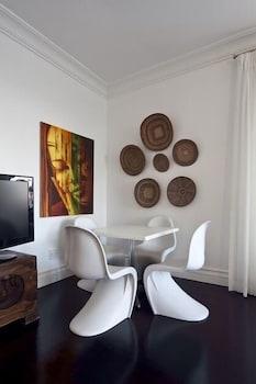 더 그레인지 게스트 하우스(The Grange Guest House) Hotel Image 1 - Lobby Sitting Area