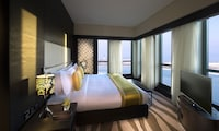 Club Suite, City View (Prestige)