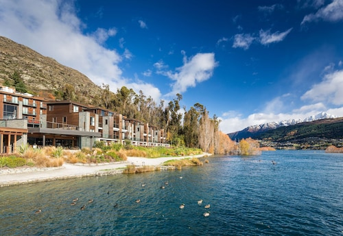 . Hilton Queenstown Resort & Spa