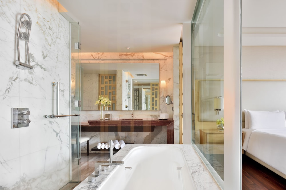 JW 메리어트 호텔 찬디가르(JW Marriott Hotel Chandigarh) Hotel Image 18 - Bathroom