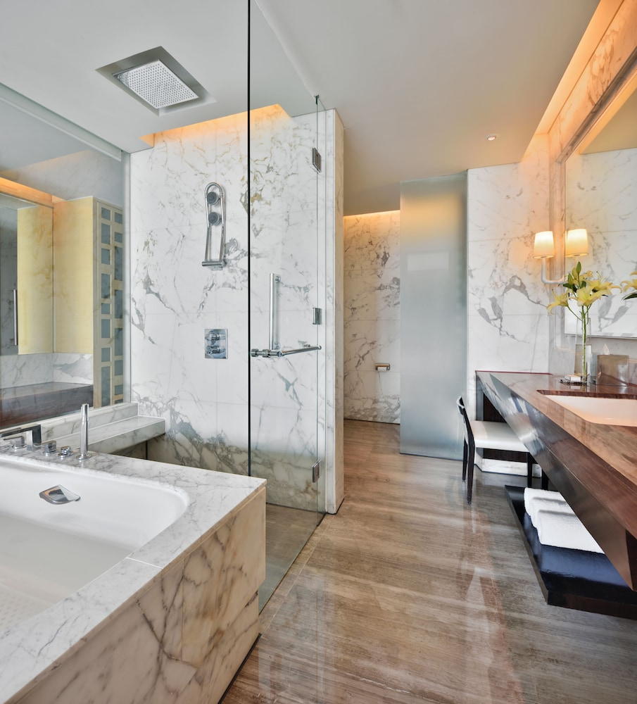 JW 메리어트 호텔 찬디가르(JW Marriott Hotel Chandigarh) Hotel Image 19 - Bathroom