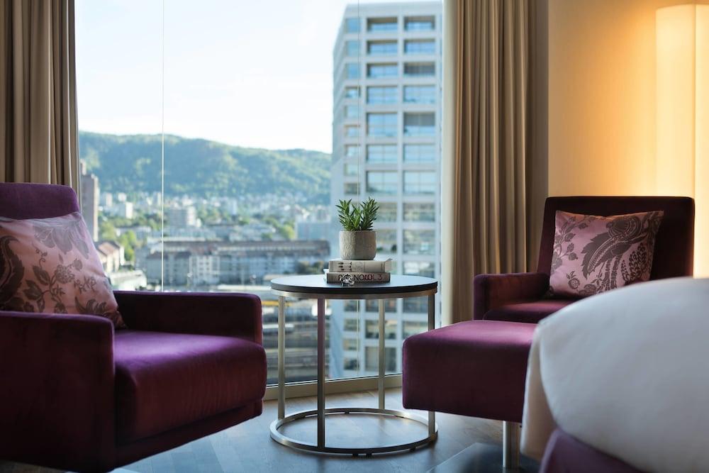 ルネッサンス チューリッヒ タワー ホテル