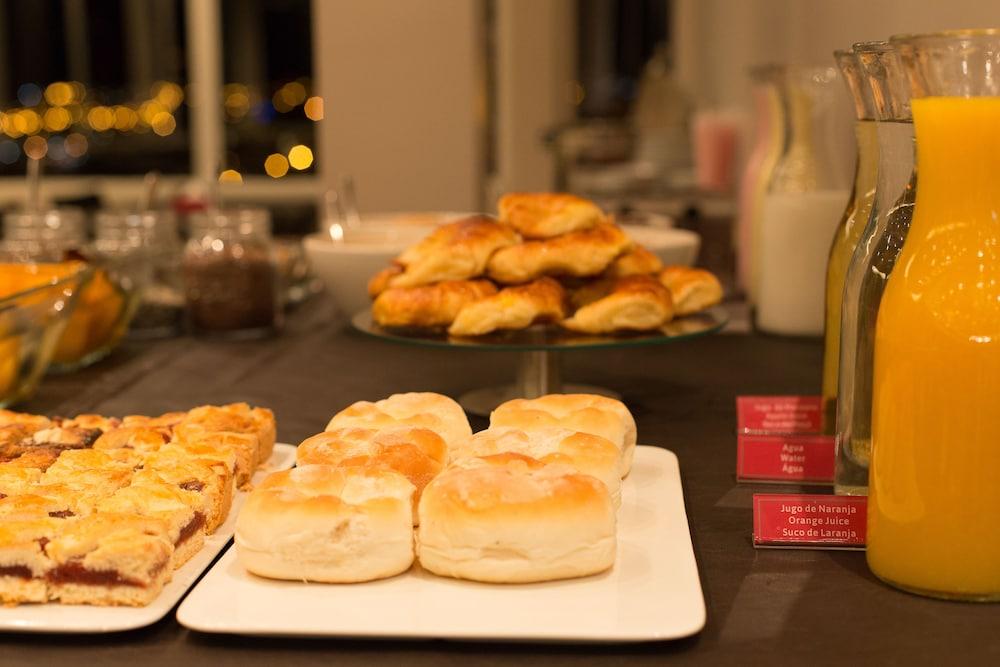 알토 안디노(Alto Andino) Hotel Image 54 - Breakfast buffet