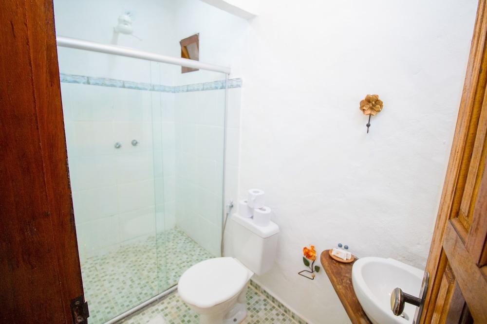 포우사다 알데이아 도 솔(Pousada Aldeia do Sol) Hotel Image 24 - Bathroom