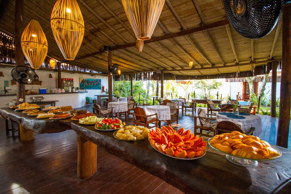 포우사다 알데이아 도 솔(Pousada Aldeia do Sol) Hotel Image 36 - Breakfast buffet