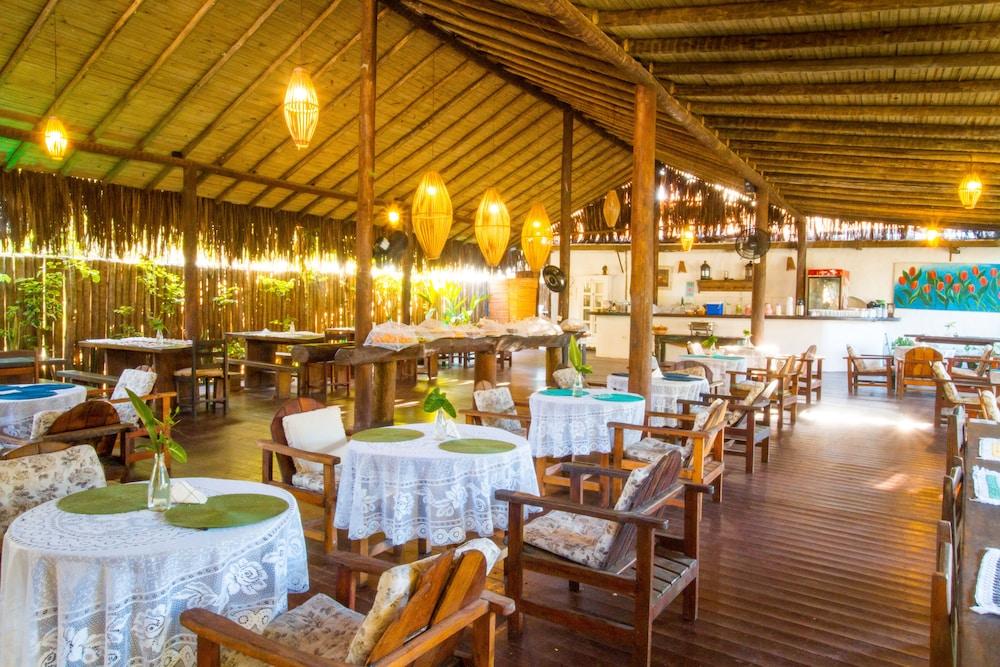 포우사다 알데이아 도 솔(Pousada Aldeia do Sol) Hotel Image 37 - Breakfast buffet