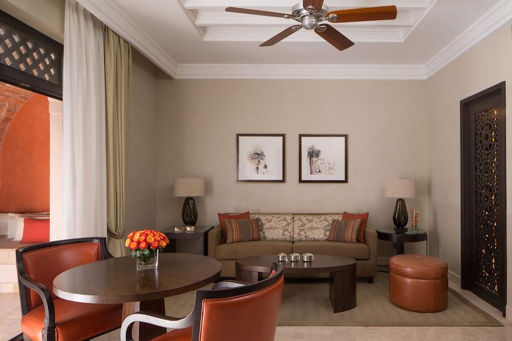 포 시즌스 리조트 마라케쉬(Four Seasons Resort Marrakech) Hotel Image 24 - Living Area
