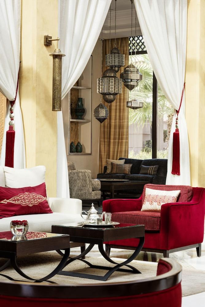 포 시즌스 리조트 마라케쉬(Four Seasons Resort Marrakech) Hotel Image 2 - Lobby Sitting Area