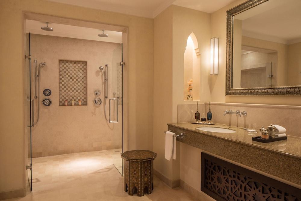 포 시즌스 리조트 마라케쉬(Four Seasons Resort Marrakech) Hotel Image 48 - Bathroom