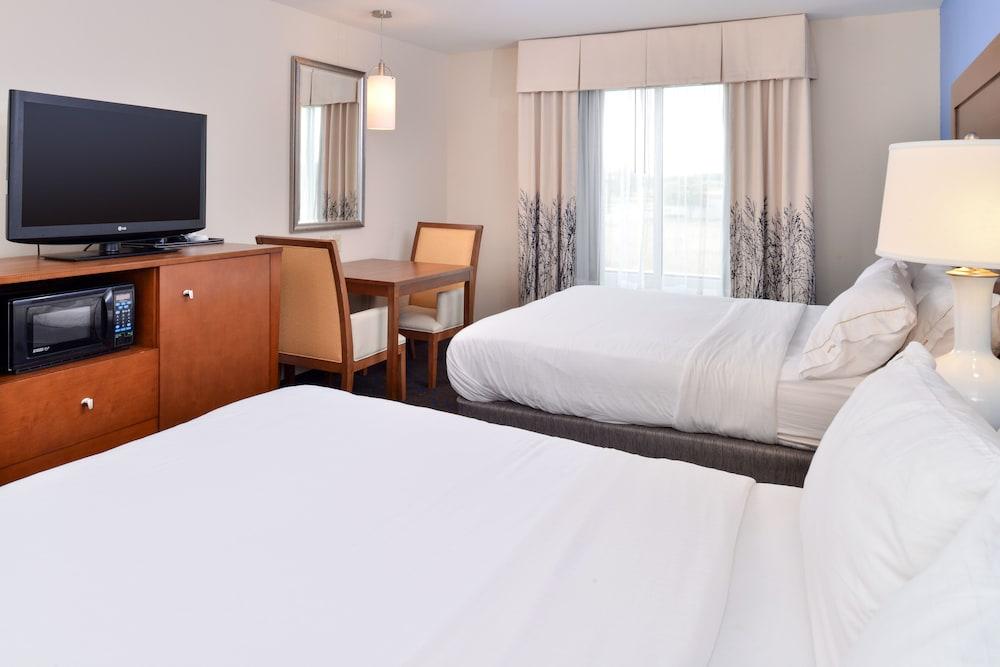 홀리데이 인 익스프레스 호텔 & 스위트 테르 오트(Holiday Inn Express Hotel & Suites Terre Haute) Hotel Image 18 - Guestroom