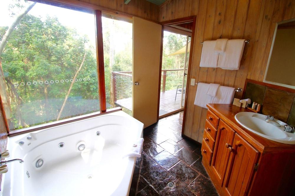콘달릴라 에코 리조트(Kondalilla Eco Resort) Hotel Image 87 - Jetted Tub
