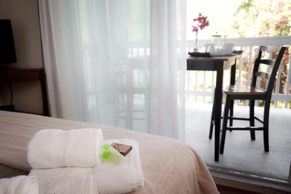 투 샌달스 바이 더 시 인 - B&B(Two Sandals by the Sea Inn - B&B) Hotel Image 20 - In-Room Amenity