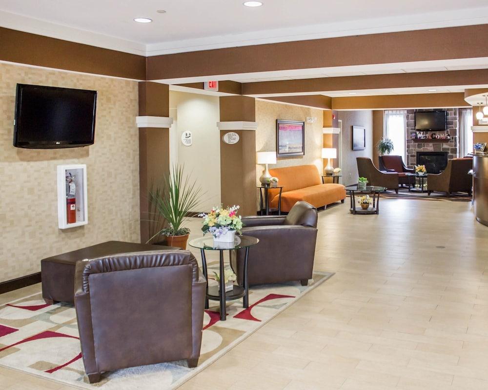 컴포트 스위트(Comfort Suites) Hotel Image 4 - Lobby