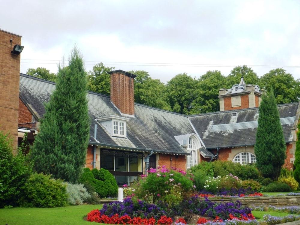 던처치 파크 호텔(Dunchurch Park Hotel) Hotel Image 28 - Garden