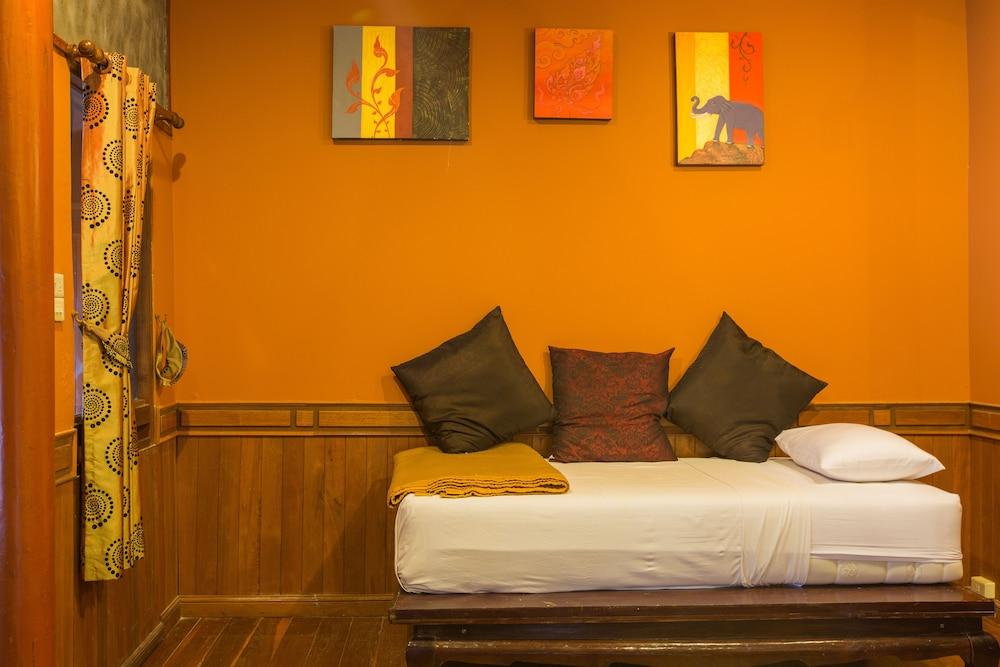 코 탈루 아일랜드 리조트(Koh Talu Island Resort) Hotel Image 12 - Guestroom