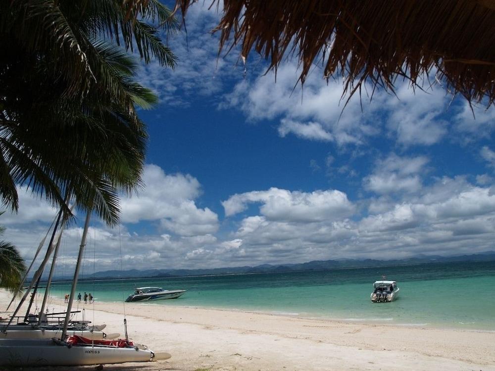 코 탈루 아일랜드 리조트(Koh Talu Island Resort) Hotel Image 63 - Beach